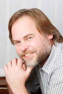 Biografi Eugene Kaspersky - Pembuat Anti Virus Kaspersky