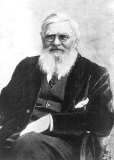 Biografi Alfred Russel Wallace