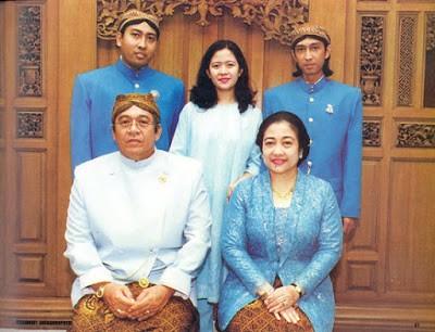 MegawatidanKeluarga