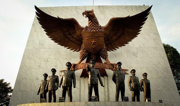 Biografi Jenderal Ahmad Yani - Tokoh Pahlawan Revolusi