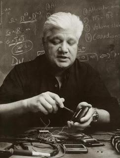 Biografi Mike Lazaridis - Penemu dan Pencipta Blackberry Smartphone