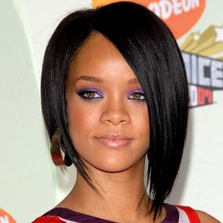 Rihanna 35 - Biografi Rihanna
