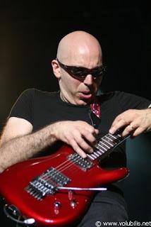 Biografi Joe Satriani - Master Gitar Dunia