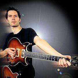 Biografi Paul Gilbert - Gitaris Terbaik Dunia