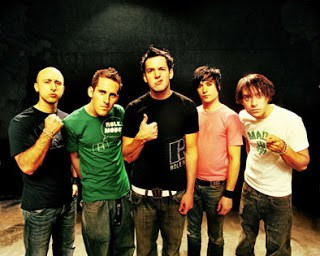 "Biografi Simple Plan - ""Welcome To My LIfe"""