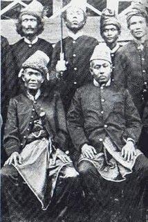 Biografi Teuku Markam - Penyumbang Emas Monas