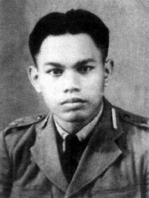 Biografi Adisucipto - Bapak Penerbang Indonesia