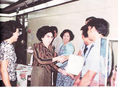 Biografi Ny. Mutiara Djokosoetono - Pendiri Taksi Blue Bird