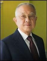 Boenjamin Setiawan - Dokter Terkaya Pendiri Kalbe Farma