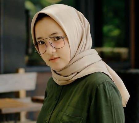 Biografi Nissa Sabyan - Profil Dan Biodata Lengkap Vokalis Gambus Sabyan