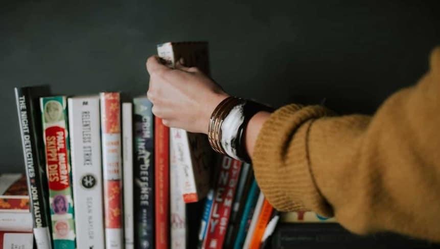 Manfaat Membaca Teks Biografi Tokoh