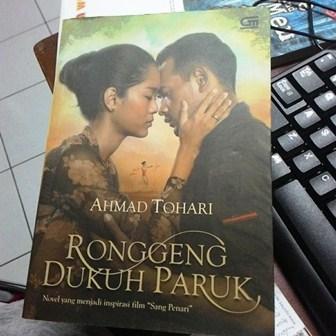 Biografi Ahmad Tohari, Pengarang Novel Fenomenal 'Ronggeng Dukuh Paruk'