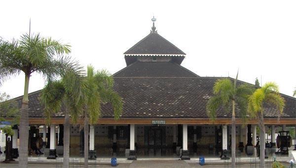 Biografi Raden Patah, Pendiri Kerajaan Demak Islam Pertama di Jawa