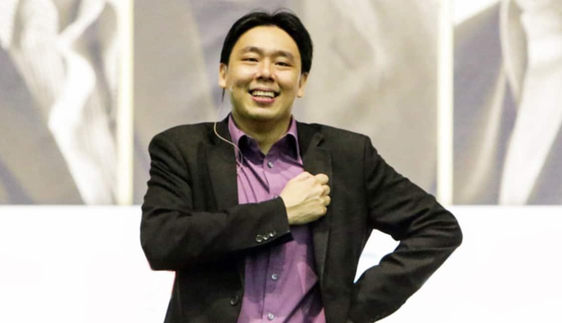 Biografi Adam Khoo